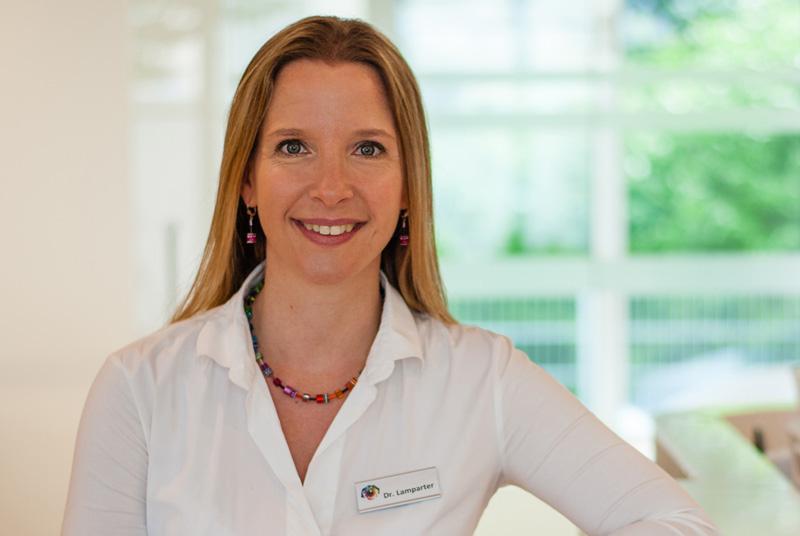 Privatdozentin Dr. med. habil. Julia Lamparter